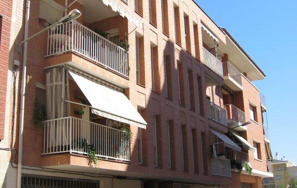 Edificio en Fraga